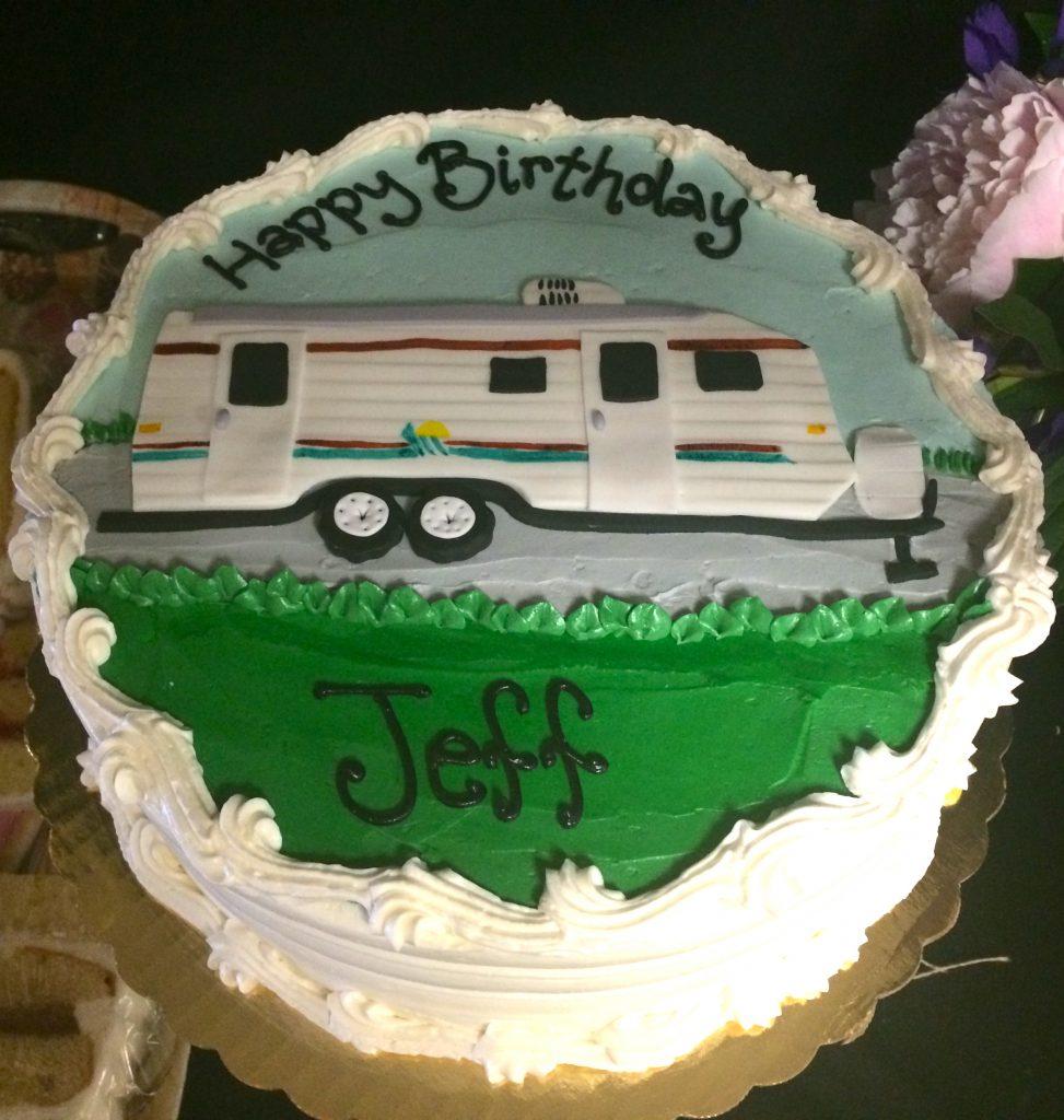 RV Camper Cake - 1068M